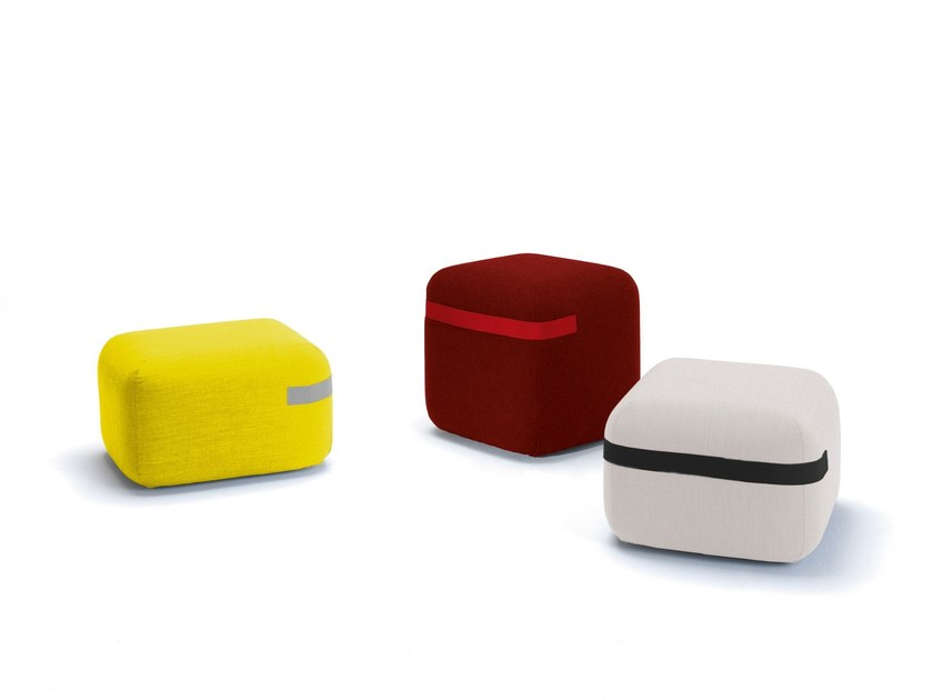 Fabric pouf with casters SEASON | Pouf - Viccarbe
