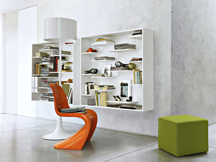 Wall-mounted lacquered floating wooden bookcase SHIFT - Lema