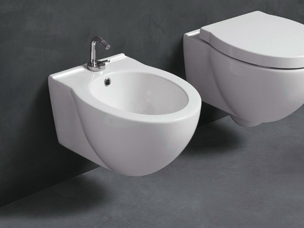 Wall-hung ceramic bidet SHORT | Wall-hung bidet - Alice Ceramica
