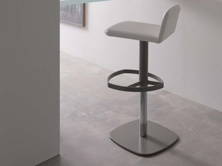 Upholstered height-adjustable leather chair SIMPLE - Ozzio Italia