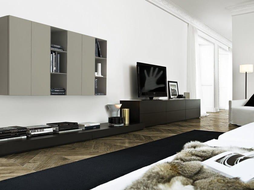 parete attrezzata componibile laccata con porta tv sintesi
