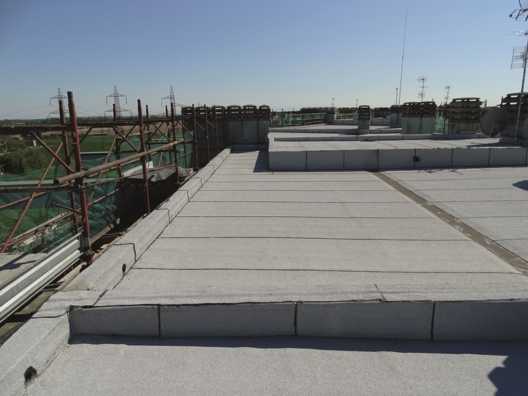 Expanded polyurethane thermal insulation panel STIFERITE SYSTEM by STIFERITE