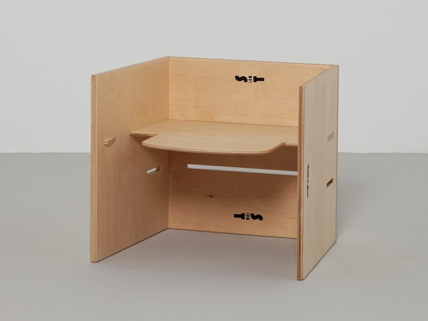 Low stackable children's footstool SIT 3 - Plan W | Werkstatt für Räume