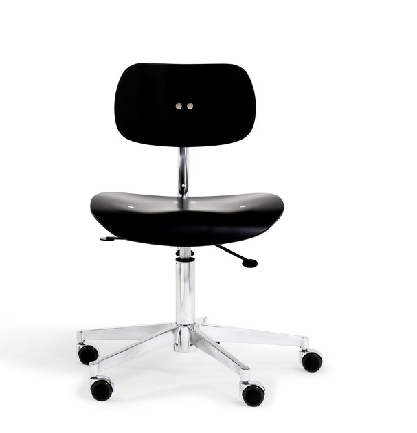Height-adjustable wooden task chair with 5-Spoke base with casters SNG 197 - WILDE+SPIETH Designmöbel