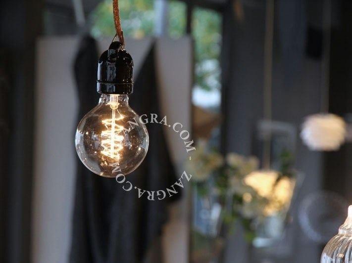 Lampada a sospensione a luce diretta in porcellana SOCKET 020 | Lampada a sospensione - ZANGRA