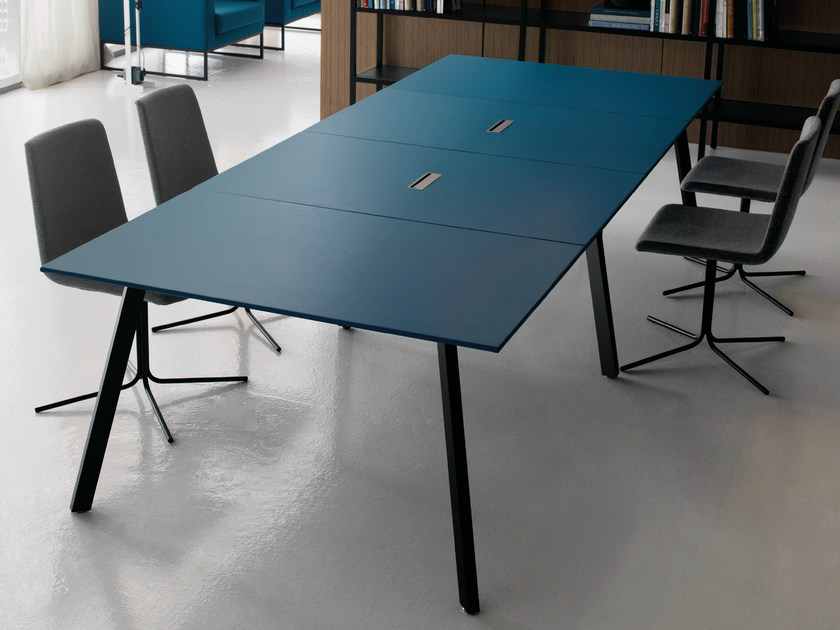 Extending modular rectangular leather meeting table SOHO | Office workstation - Quinti Sedute