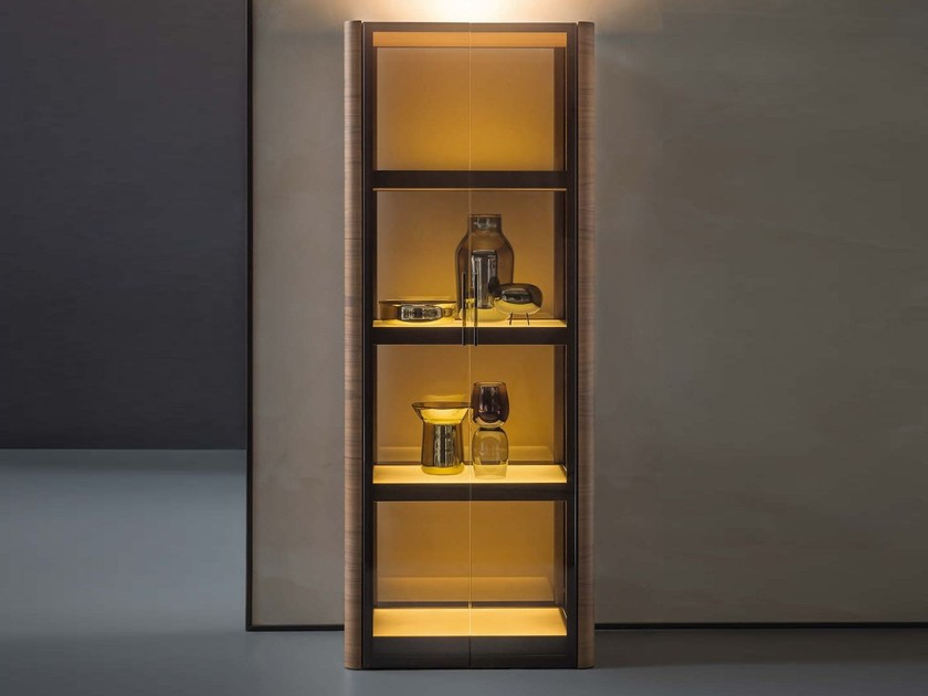 Display cabinet with integrated lighting SOLIDA | Display cabinet - Natevo