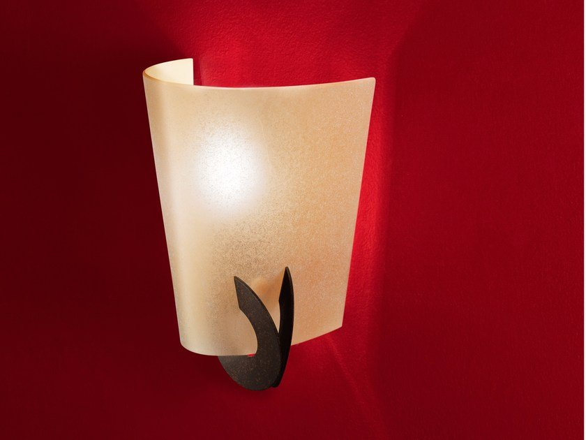Halogen blown glass wall light SOLUNE | Blown glass wall light by TERZANI