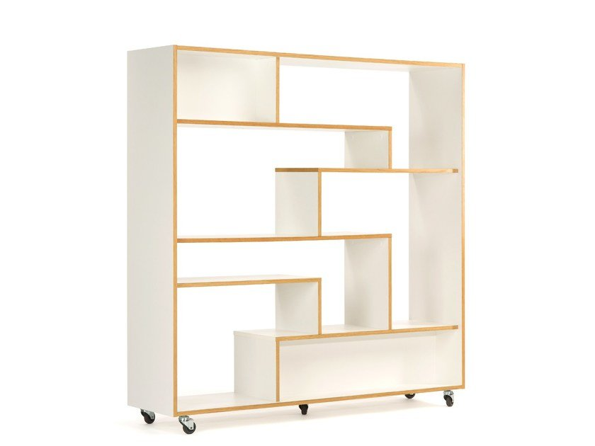 Open divider lacquered wooden bookcase SOUTHBURY by Woodman