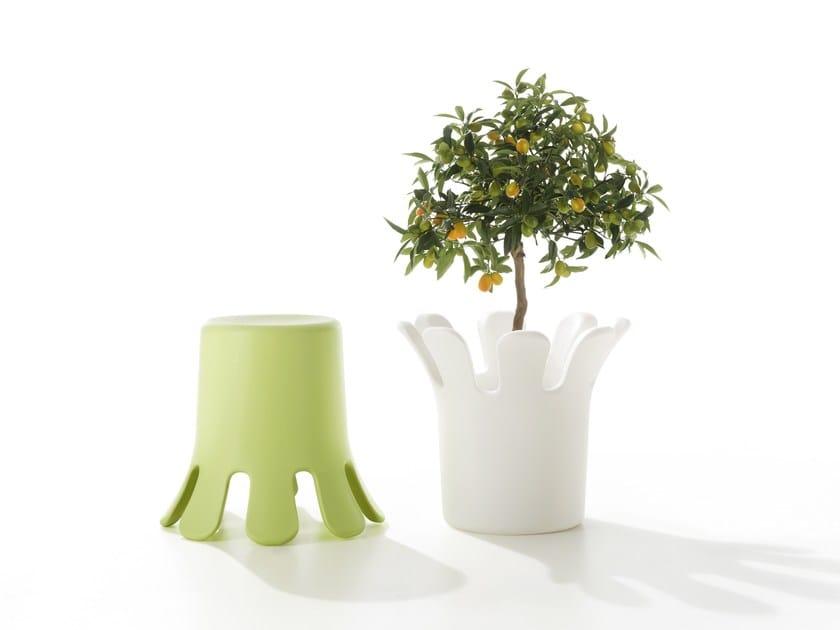 Polyethylene stool / plant pot SPLASH | Stool by B-LINE
