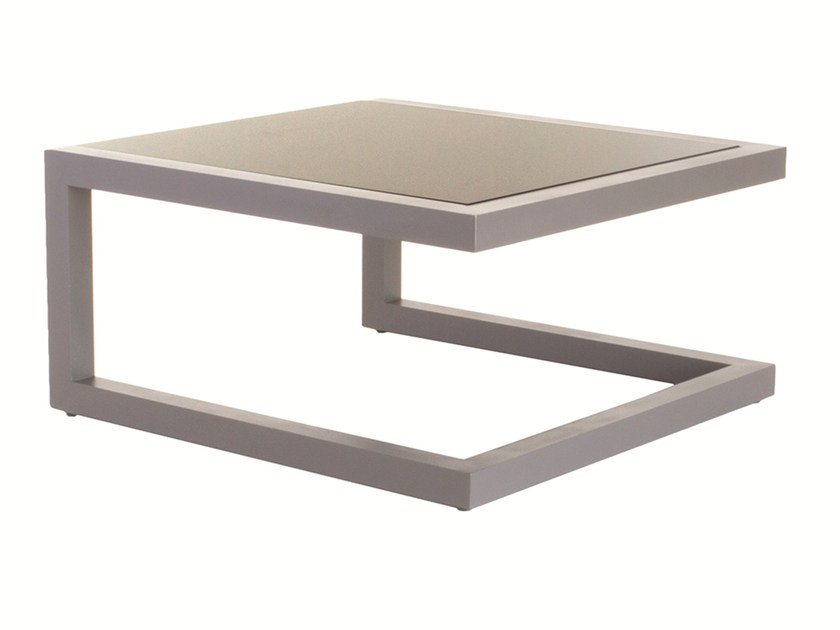 Low square Corian® garden side table SPRING | Aluminium coffee table - Efasma