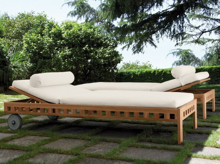 Teak garden daybed with Casters SQUARE | Garden daybed by Meridiani