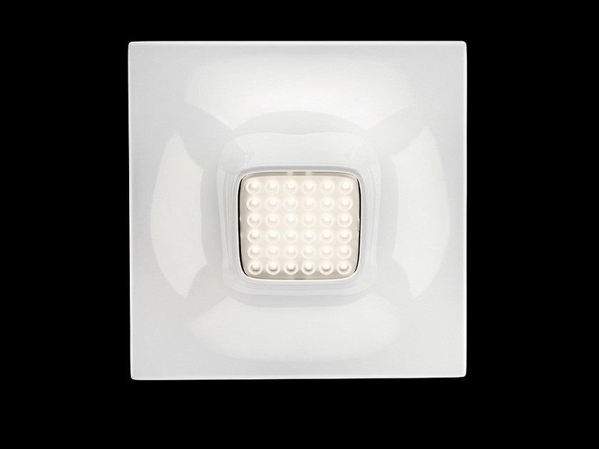 LED PMMA wall light SQUEEZE 1 by Nimbus
