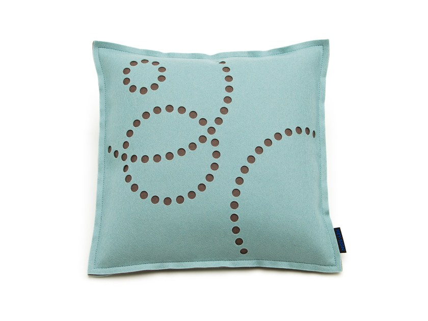 Cushion STAMP ROUND by HEY-SIGN