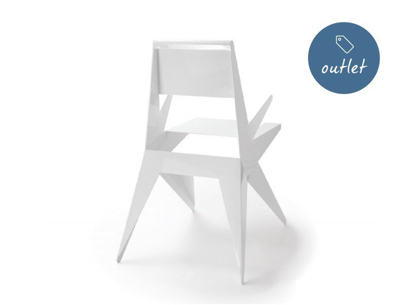 Lacquered chair with armrests STAR | Chair with armrests by Lamberti Design