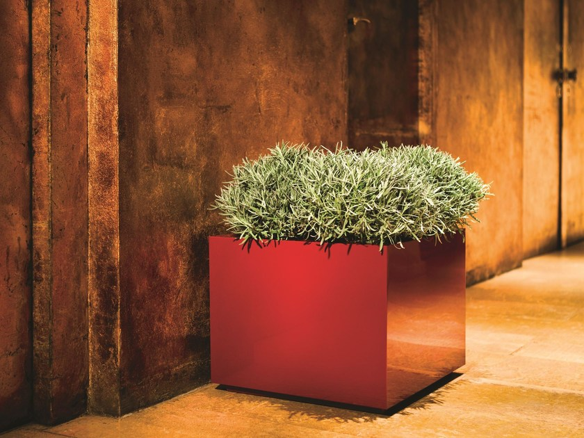 Low square stainless steel plant pot with automatic watering STEEL PLUS | Square plant pot by Hobby Flower