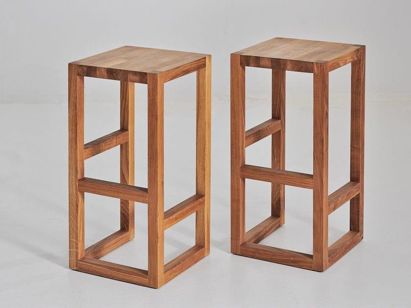 High solid wood stool STEP - vitamin design