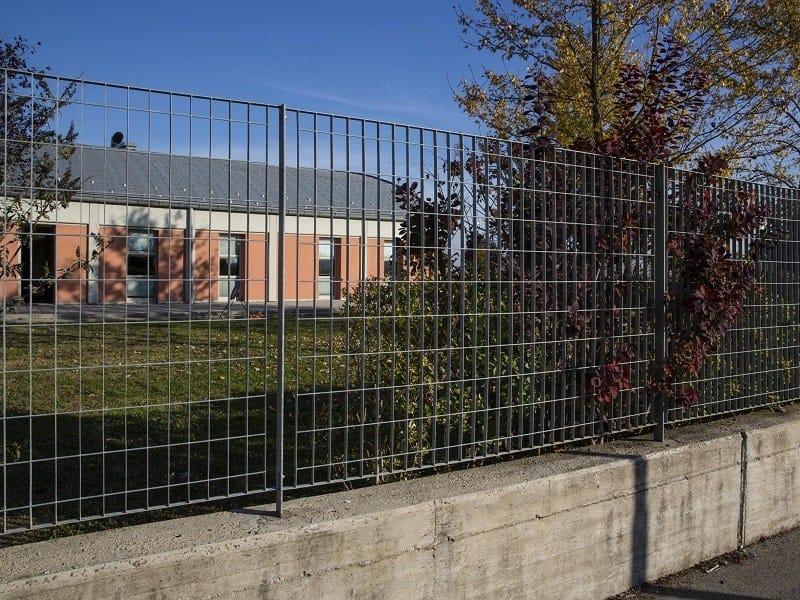 Recinzione in grigliato sterope nuova defim for Rete recinzione bricoman