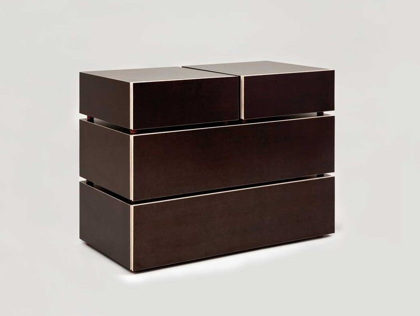 Free standing chest of drawers STOW by Morgen