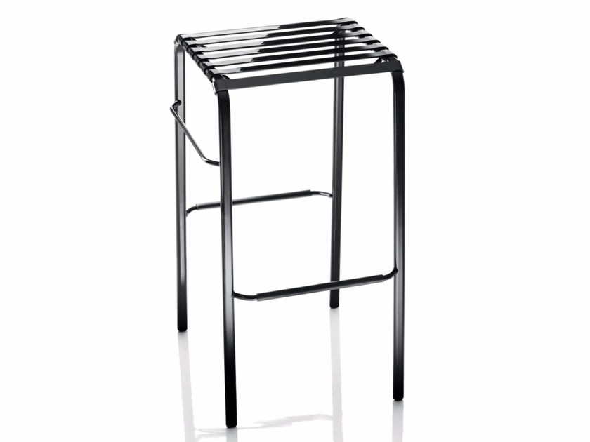 Stackable steel stool STRIPED | Stool - Magis