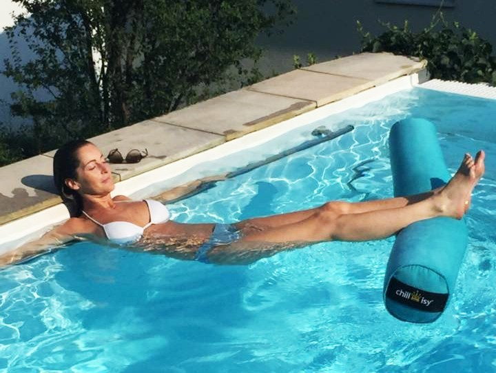 Floating pool bolster SUPER MACCHERONI by chillisy®