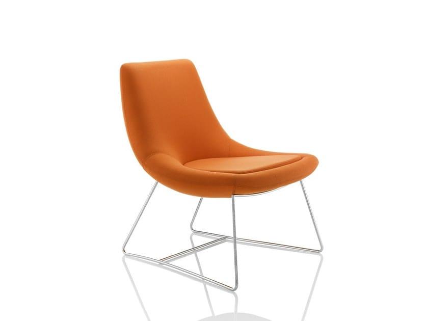 Sled base upholstered fabric easy chair SWING | Sled base easy chair - Boss Design