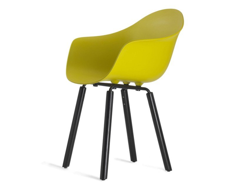 Polypropylene chair with armrests TA Yi BLACK by KUBIKOFF