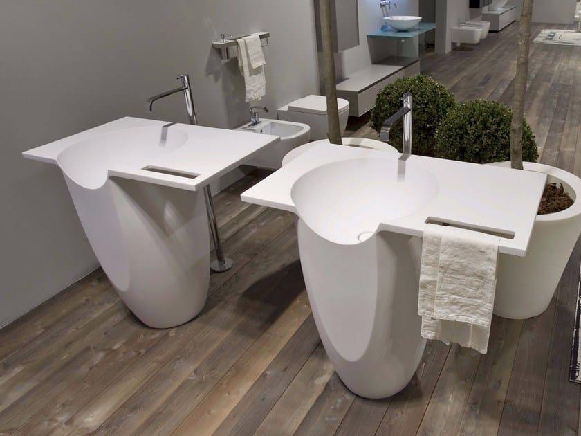 Freestanding Apricena stone washbasin TALAMO by Antonio Lupi Design
