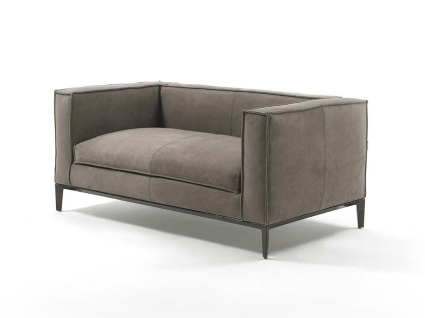 Divanetto in pelle taylor junior divanetto in pelle for Poltrone e sofa divani in pelle