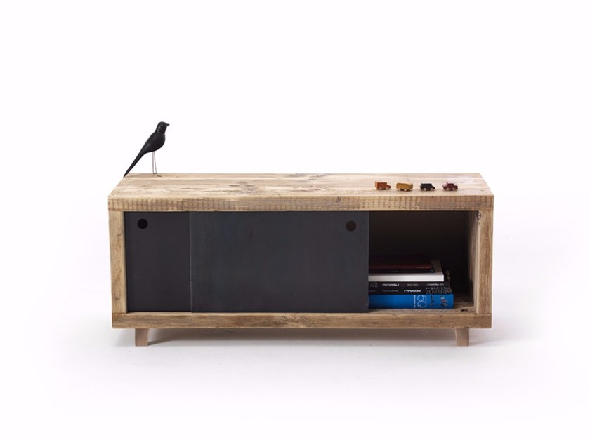 TV cabinet with sliding doors TEBALDO - Vontree