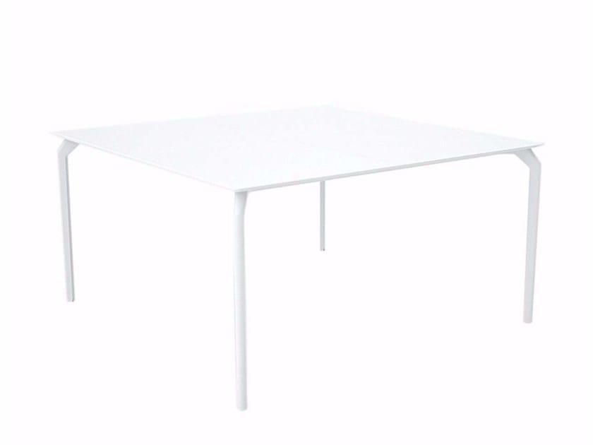 Lacquered square HPL table TEC 1400 - 634 - Alias