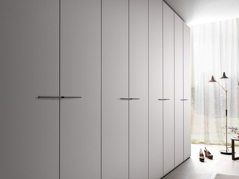 Sectional lacquered wardrobe TECNO MATT | Lacquered wardrobe - MisuraEmme