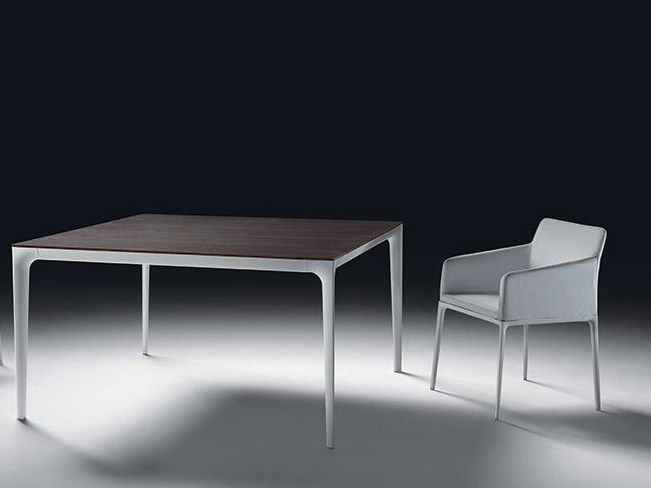 Square table TEDDY | Square table by Marac