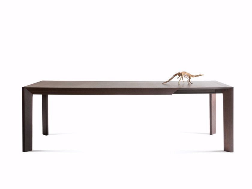 Extending rectangular oak table THERA - Lema