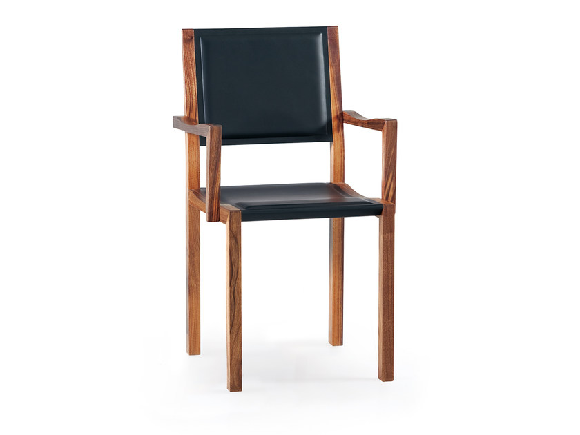 Upholstered chair with armrests TISCHLEIN WOOD&LEATHER - Oliver B.
