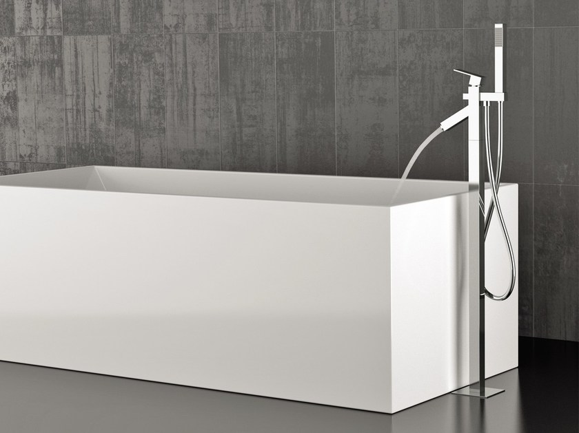 Floor standing bathtub mixer with hand shower TOWER | Floor standing bathtub mixer by Rubinetterie Mariani
