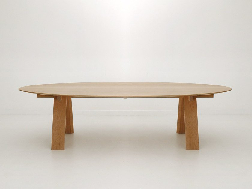 Oval oak table TRAVE OVAL - Branca-Lisboa