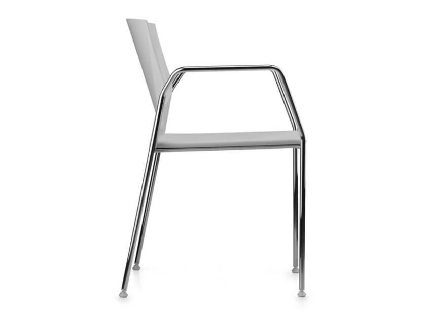 Stackable polypropylene chair with armrests TREK 038 - TALIN