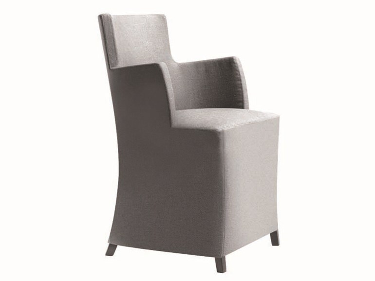 Fabric armchair with removable cover with armrests TURNÈ | Armchair - Potocco