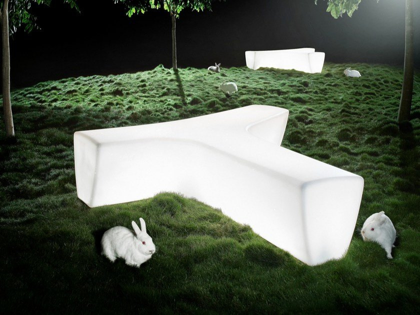 Panca da giardino luminosa modulare in polietilene TWIG | Panca luminosa by Derlot Editions