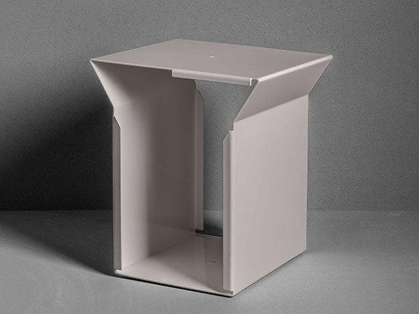 Metal bathroom stool TYPE | Metal bathroom stool - MAKRO