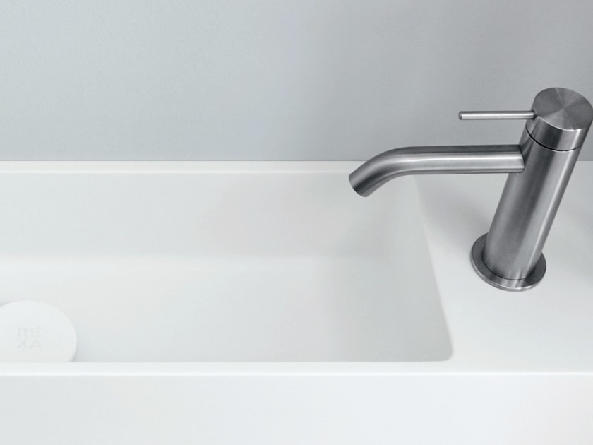 Rectangular wall-mounted Corian® handrinse basin UNICO | Handrinse basin by Rexa Design
