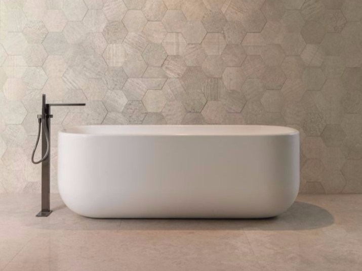 Freestanding Krion® bathtub UNIQUE | Bathtub by Systempool