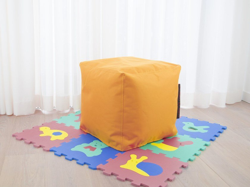 Upholstered polyester pouf with removable lining UP! OX - Pusku pusku