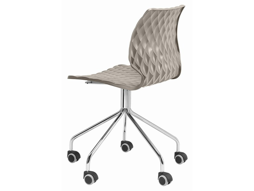 Swivel polypropylene chair with 5-spoke base with casters Uni 558-5R - Metalmobil