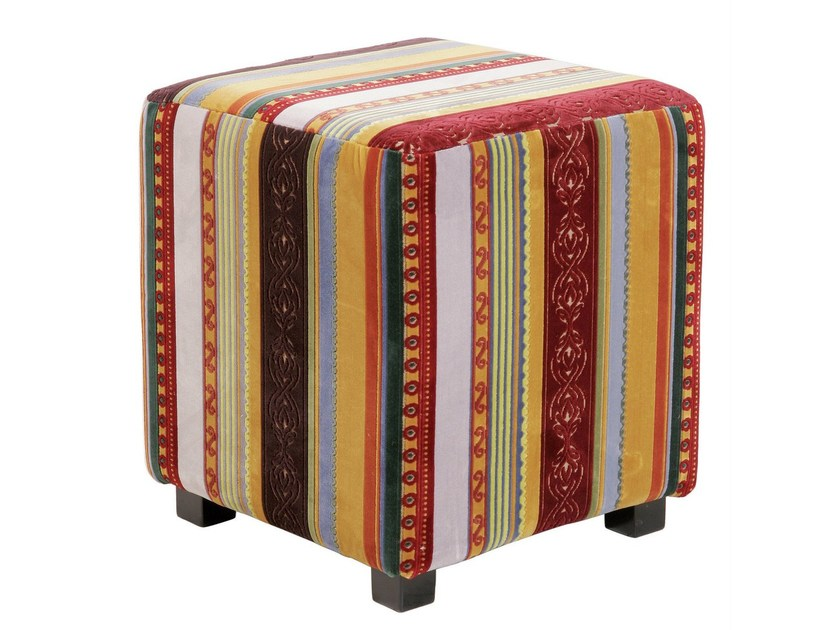 Upholstered fabric pouf VERY BRITISH | Pouf - KARE-DESIGN