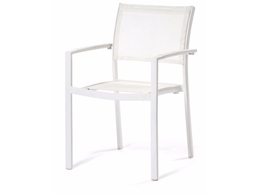 Batyline® chair with armrests VICTOR | Chair with armrests - Varaschin
