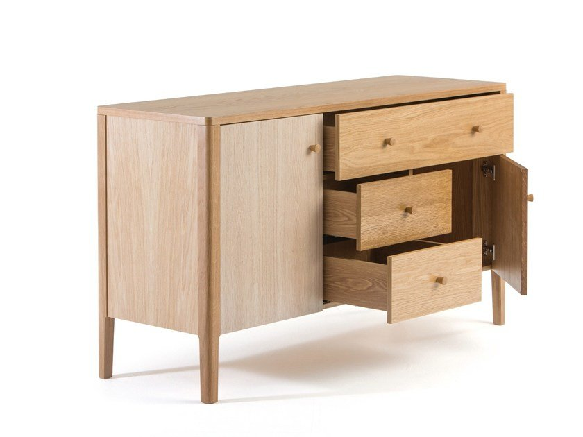 sideboard aus holz mit schubladen villa by woodman. Black Bedroom Furniture Sets. Home Design Ideas