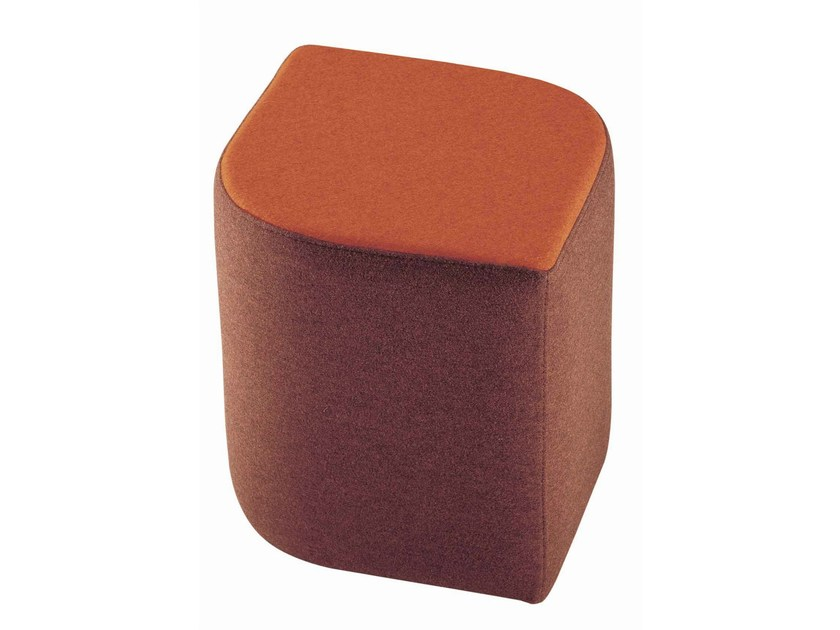Upholstered fabric pouf Virgola 592 by Metalmobil