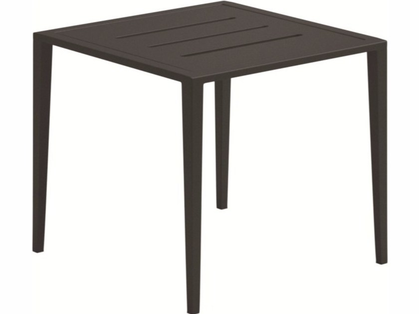 Square garden side table VISTA | Garden side table - Gloster
